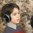 8-годишният Виктор посвети песен на България