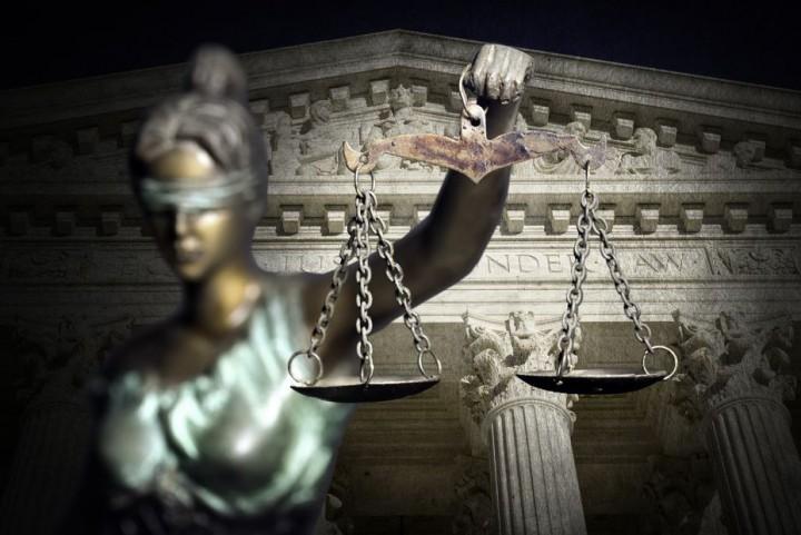 Заради съкратеното съдебно следствие, което поиска подсъдимият обаче, наказанието му