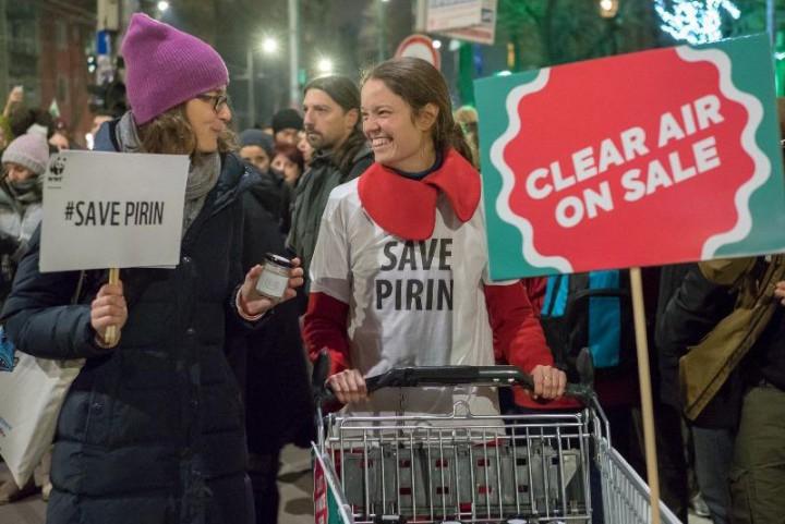 Природозащитниците се канят да раздадат на министрите бурканче чист въздух