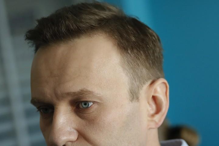 Навални нямаше право да участва в предизборната кампания поради присъда,